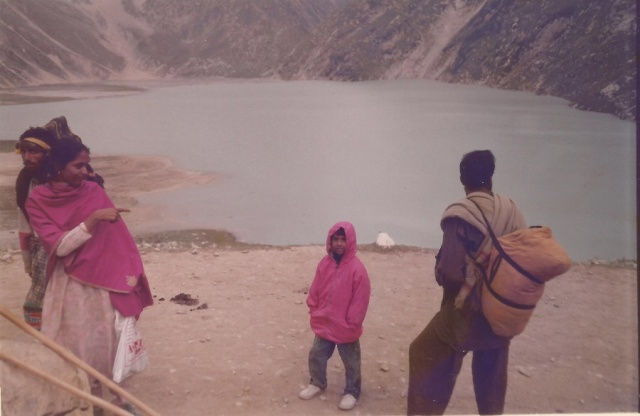 L-R: Aziz, Adyasha, Subha, and myself . The lambs are not part of our team. Don't mistake us. Lord Shiva is strictly vegetarian. We are just trying to befriend the mountain lamb.